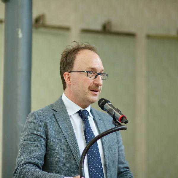 Parteivorsitzender Thomas Wallau © Hellwig